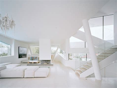 White Interior Homes | freundorf residence futuristic all white house near