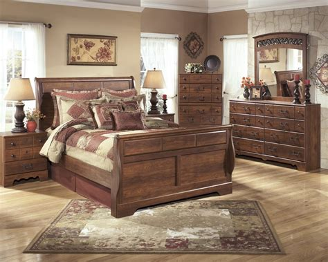 mirrored queen bed timberline 5 pc bedroom dresser mirror queen sleigh bed b258 31 36 54 57 96