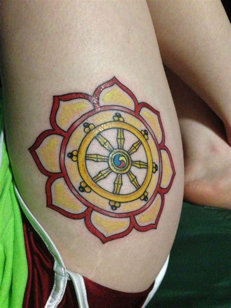 dharma wheel tattoo designs lotus and dharma wheel dharma wheel