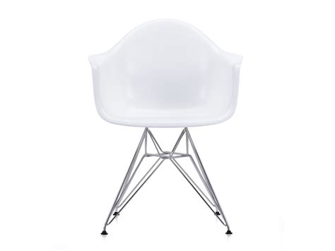 buy the vitra dar eames plastic armchair at nest co uk