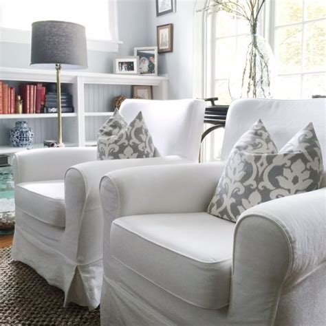 slipcover furniture living room 1000 ideas about living room chairs on pinterest