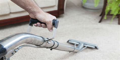 upholstery cleaning chaign il cleaning and maintaining the quality of a carpet