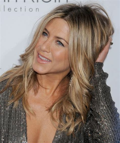 how long is jennifer degaldos hair jennifer aniston long wavy casual hairstyle dark blonde