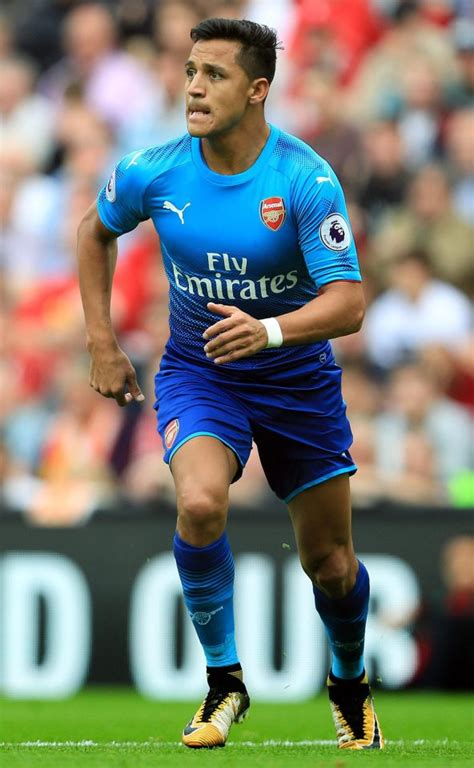 alexis sanchez staying at arsenal arsene wenger alexis sanchez isn t fat he s serious and