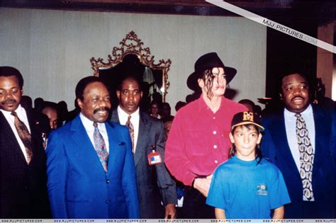 michael jackson biography in afrikaans various gt michael visits africa michael jackson photo