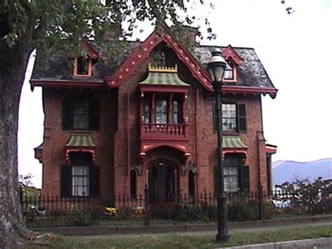 gothic style home thursday13