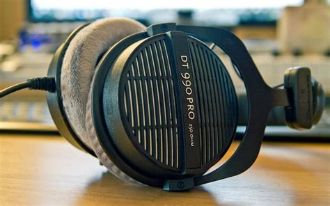 best headpgones best headphones 200 for 2015