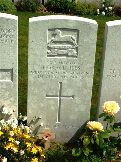 Serre Road No 1 Cemetery   Horace Iles (Aged 16)   War