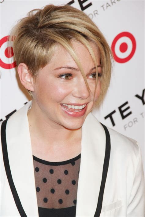 show me pictures of short hairdoos show me short haircuts