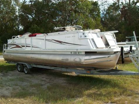 crest pontoon boats crest pontoons boats for sale boats