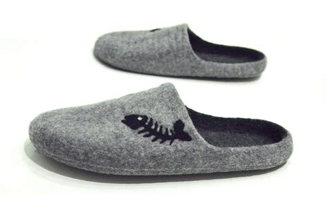 Handmade Mens Slippers - handmade felted mens slippers with fishbone clogs for