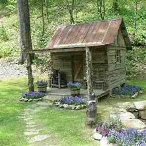 small cabin log cabins