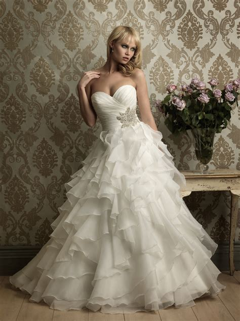 Princess Wedding Dresses With Lace   Luxurious Perfect