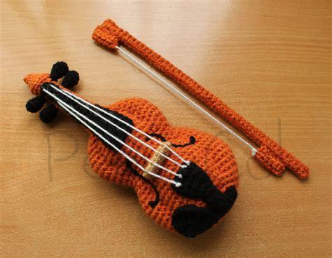 amigurumi violin pattern violin amigurumi by pequecol on deviantart