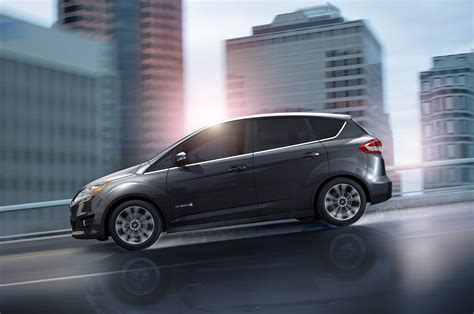 Ford In Hybrid 2017 Ford C Max Gets New Titanium Trim Lower Starting