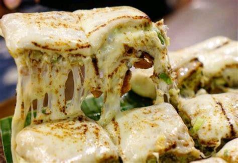 makanan ringan kekinian martabak mozarella cashbaccom