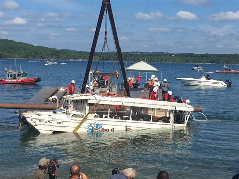 duck hunting boat death 100 million lawsuit filed against branson duck boat