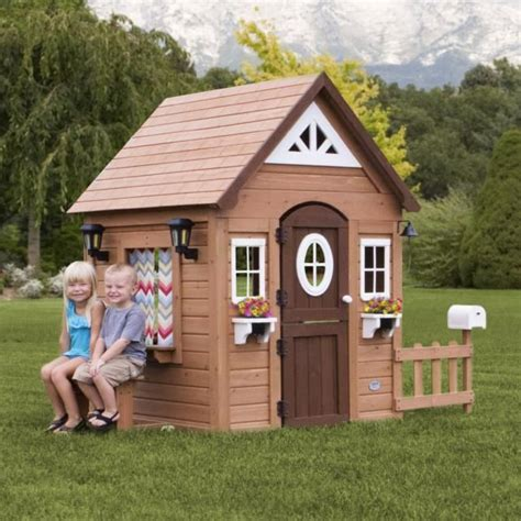 Backyard Discovery Mansion 1000 Ideas About Kid Playhouse On Playhouse