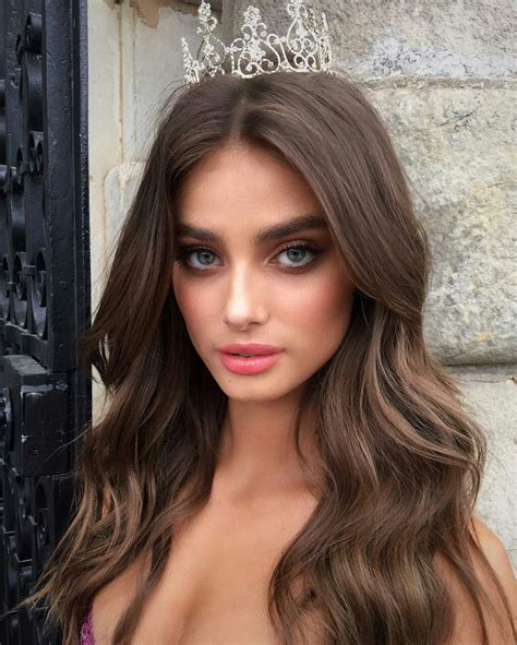 victorias secret faces stunning taylor hill while filming victoria s secret