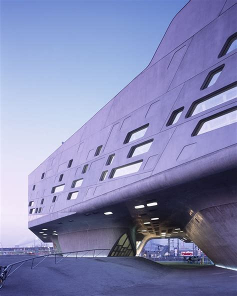 architecture lessons 10 inspirational and architectural lessons from zaha hadid