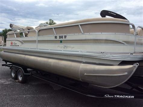 bass pro shops boats for sale bass pro shops tracker boat center springfield boats for