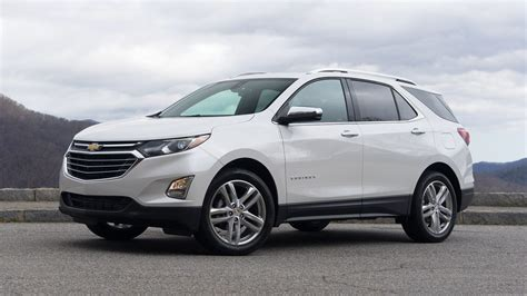 chevrolet equinox 2018 chevy equinox drive lighter smarter better