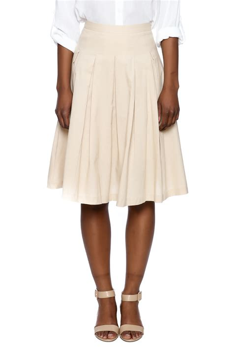 esley khaki pleated skirt from new york city by jupe
