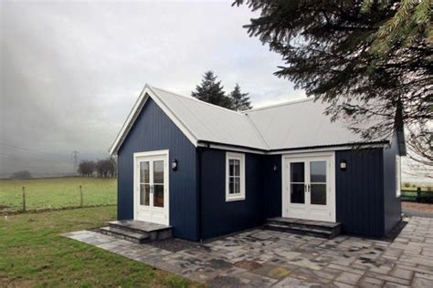 431 sq ft cottage by the wee house company