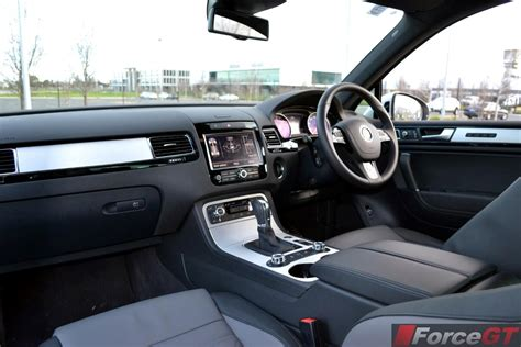 Vw Touareg R Line Interior by Home Volkswagen Volkswagen Touareg R Line 2014 Car