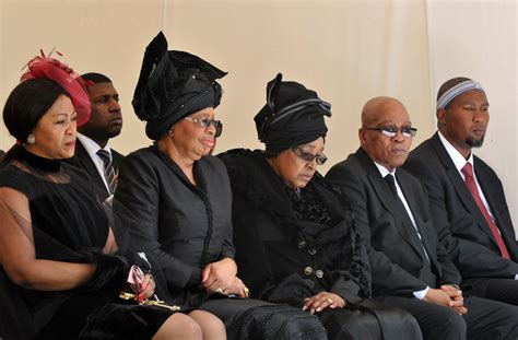 nelson mandela family biography photo gallery s africa s anti apartheid icon rests in