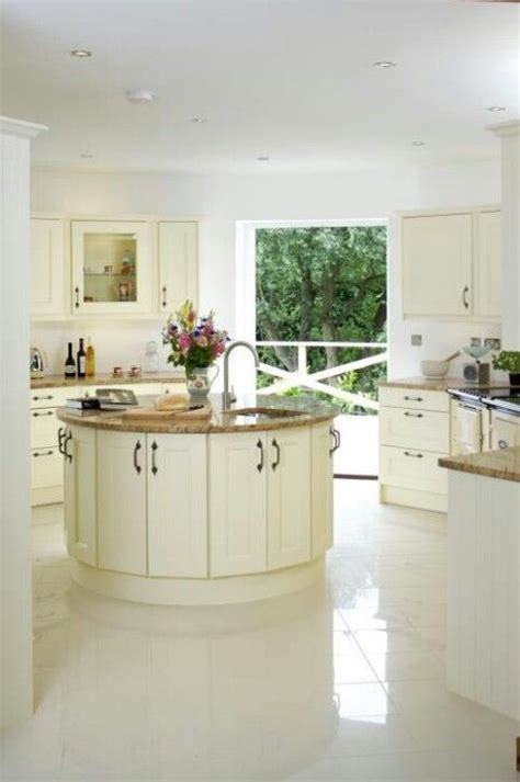 round island kitchen love the round island kitchen kitchens pinterest