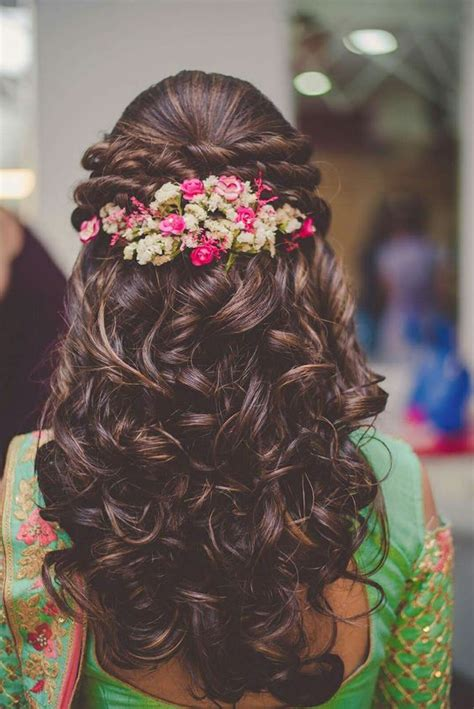 Bridal Hairstyles Wedding Indian For Curly Hair by Bridal Hairstyles For Wedding Sarees Indian