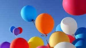 luftballon le kanadier fliegt mit luftballons kronehit wir