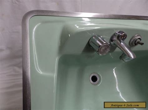 vintage bathroom sinks for sale vintage jadeite green porcelain ceramic bathroom sink