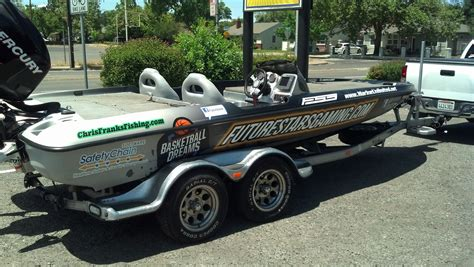 bass cat boat wrap chris franks bass boat wrap from lucky 7 graphics rb