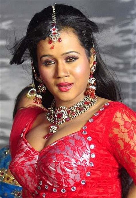bhojpuri film actress biography actress photo biography bhojpuri actress hot photo