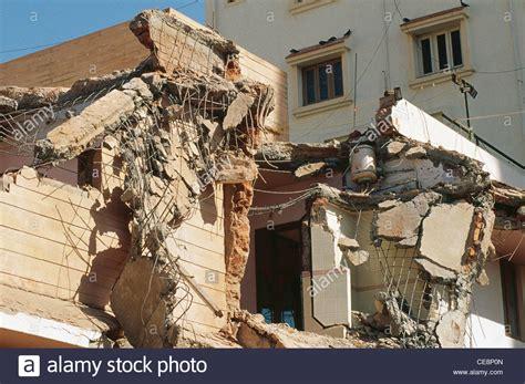 earthquake gujarat hma 81071 earthquake damaged building manasi complex
