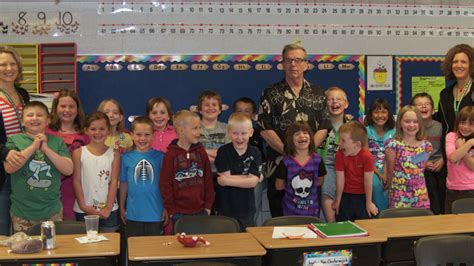 Cottage Hill Elementary by Samsel Retires From Pine Hill Elementary In Cottage Grove