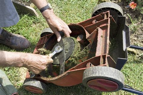 how to sharpen a lawnmower blade with a bench grinder how to sharpen a lawn mower blade blain s farm fleet blog