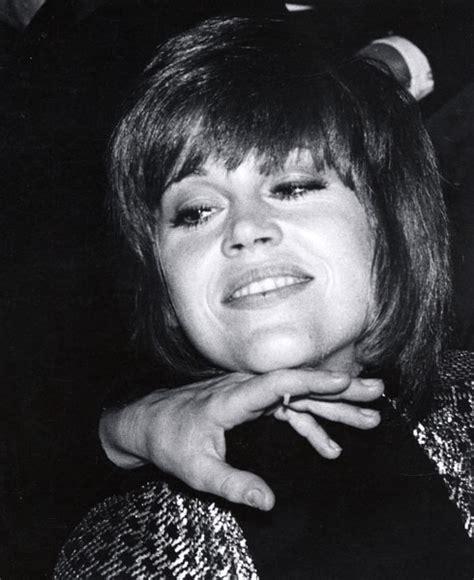 jane fonda 1970 s hairstyle jane fonda 1970 oscars beauty retro hair and makeup
