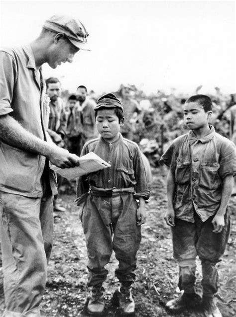 Bunuh Diri Warga Sipil Okinawa pada Perang Dunia II