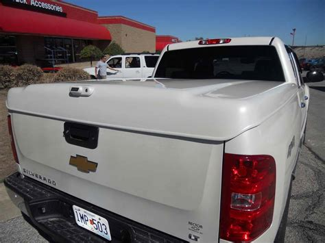 hard truck bed covers photo gallery tonneau covers truck bed covers hard