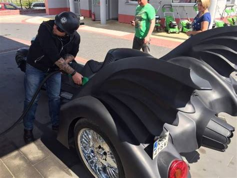 Ride On Mobil Sedan Audi Style Sjr custom designer turns an audi into the coolest batmobile find new upcoming cars