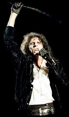 alice cooper hell is living without you solo youtube hell is living without you alice cooper letras mus br