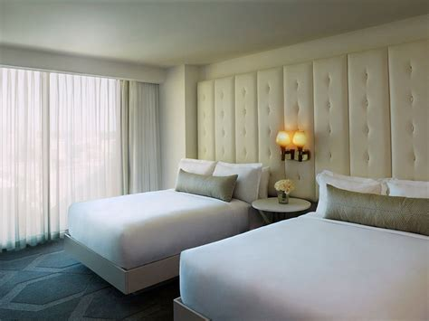 vegas room the best hotel pools for families room5