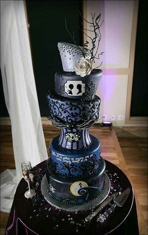 nightmare before christmas cake is suitable for those who