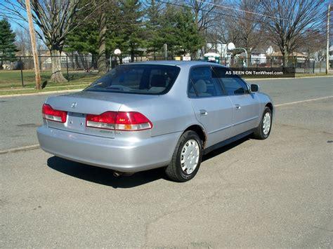 2002 honda accord 2 door 2002 honda accord lx sedan 4 door 2 3l