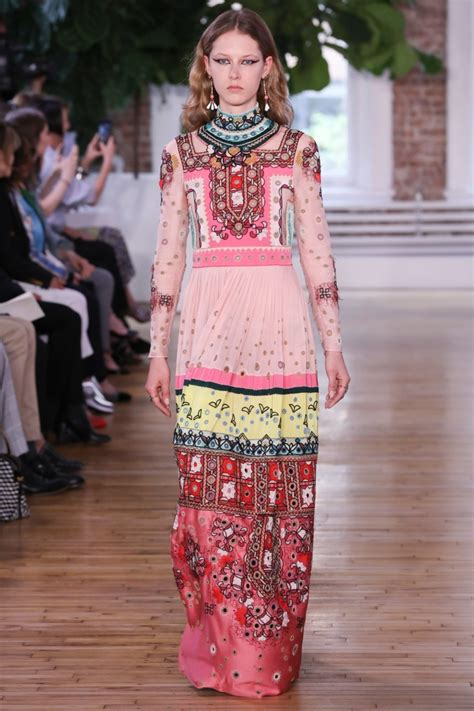 patternbank runway valentino resort 2018 collection print and pattern