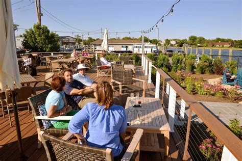 the lake house bayshore summer dining on long island our favorite restaurants for a romantic meal newsday