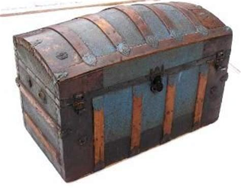 beautiful travel trunks 78 images about old travel trunks on pinterest pirate